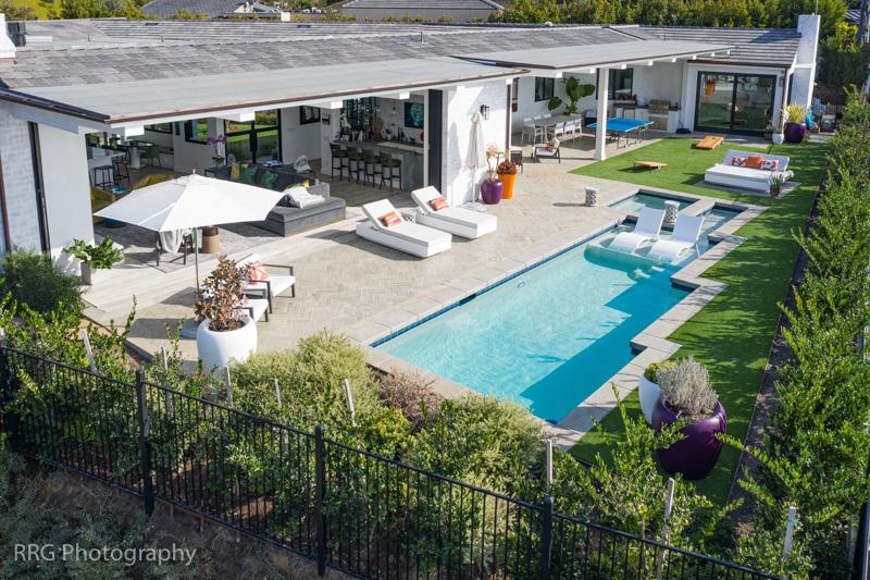 Interior/Exterior Living Room/Pool Corona del Mar Home