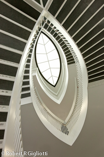 MCA Chicago Eye Droplet stairs Photo by RRG Photography